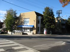 Davenport Branch Library