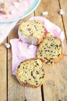 Vanille Stracciatella Gugelhupf mit Schokolade - Vanilla Bundt Cake with Chocolate Chunks (42)