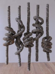 cardboard sculptures by Tracy Luff I like the spirals features Sculpture Textile, Cardboard Sculpture, Cardboard Art, Art Sculpture, Wall Sculptures, Textile Art, Art Conceptual, Sogetsu Ikebana, Creation Art