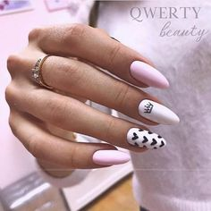 Semi-permanent varnish, false nails, patches: which manicure to choose? - My Nails Sky Nails, Aycrlic Nails, Fire Nails, Nail Nail, Coffin Nails, Stylish Nails, Trendy Nails, Pink Manicure, Baby Pink Nails
