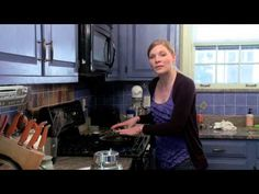 Video: Crepes for Dessert | eHow