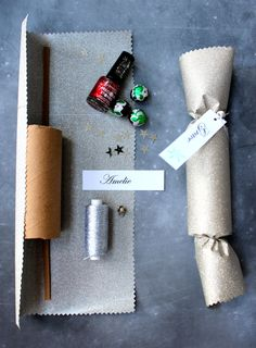 simple glitter crackers how-to...perfect for small gifts