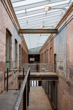 mass-moca-art-museum-berkshires-burner-cott-07