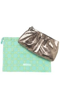La Coco Clutch in Metalic by Stella and Dot.  Add an interchangeable Brooch for added style.  Find at www.stelladot.com/lindsy