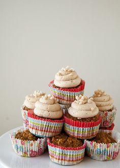 Pumpkin Banana Dog Cupcakes - Style Sweet CA