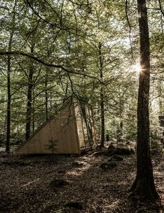 stay in Stedsans in the Woods-- beautiful cabin get away Wabi Sabi, Add A Room, Off Grid Cabin, Prefabricated Houses, A Frame Cabin, Micro House, Parcs, Tiny House Design, Kid Beds