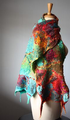 love the colors - i wish i wasn't allergic to wool- i love felting- and to wear this would be dee-vine!