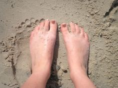 Golden sand & feet at Maroochydore  #airnzsunshine