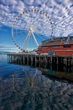 Beautiful Seattle Great Wheel on the Waterfront!