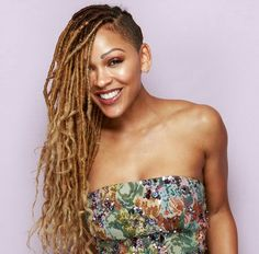 Meagan Good at Essence 2017 Black Women in Hollywood Awards Photo booth Shaved Side Hairstyles, Faux Locs Hairstyles, Twist Hairstyles, Braids With Shaved Sides, Half Shaved Hair, Curly Hair Styles, Natural Hair Styles, Tapered Natural Hair, Single Braids