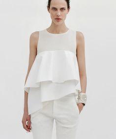 Top à volants et pantalon blanc - Tenue: Zara - La Fiancée du Panda blog Mariage et Lifestyle