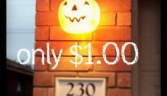 25 Easy and Cheap DIY Halloween Decoration Ideas 2017 Halloween is just around the corner. It is time to get into the Halloween spirit with some gorgeous and spooky decorations. Many people spend days making their homes look scary and fun. Hallowen Ideas, Homemade Halloween Decorations, Spooky Decor, Scary Decorations, Outside Halloween Decorations, Decoration Party, Christmas Decorations, Holidays Halloween, Spooky Halloween