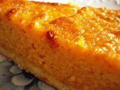 E que tal uma tarte deliciosaaaa!....Tarte de cenoura e amêndoa! Hum?... Fica a receita, Ingredientes: Massa: 200 g de farinh...