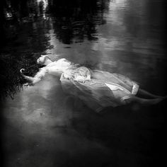 "A black & white reenactment of ""Ophelia"" inspired by Shakespeare's Hamlet//"
