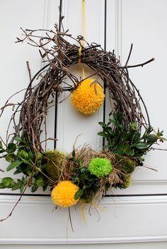 krans-krans Du er på rett sted om jul krans diy Her tilbyr vi deg … Grapevine Wreath, Most Beautiful Pictures, Easter Eggs, More Fun, Diy And Crafts, Projects To Try, Presents, Wreaths, Massage