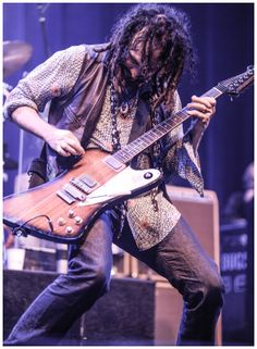 Mike Campbell (Tom Petty  the Heartbreakers)