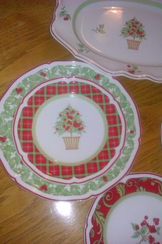 My Villeroy & Boch Christmas dishes - Joyeux Noelle - I love the cake plates - there are 3 different ones