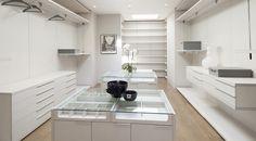 Ankleidezimmer für Fashionista #garderobe #ankleidezimmer #germanfashionblog http://fashiontipp.com
