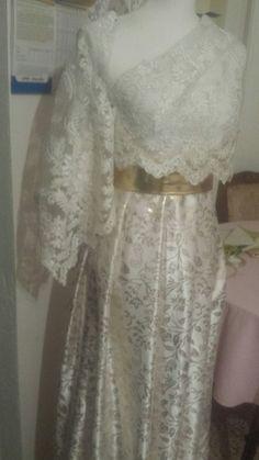 Lace Wedding, Wedding Dresses, Fur Coat, Fashion, Bride Dresses, Moda, Bridal Gowns, Fashion Styles, Weeding Dresses