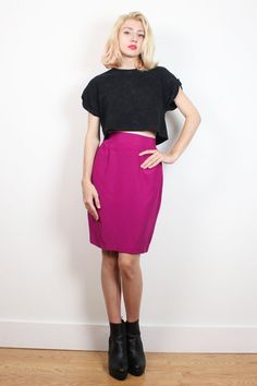 Vintage 1980s Skirt Raspberry Fuchsia Pink High Waisted Mini Skirt 80s Skirt Bold Secretary Pencil Skirt Mod Color Block XS Extra Small 24 #1980s #80s #skirt #midi #pencil #newwave #colorblock #etsy #vintage