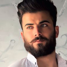 the hottest hipster haircut ideas to reveal your inner mod 4 Long Beard Styles, Beard Styles For Men, Hair And Beard Styles, Hipster Haircut, Sexy Beard, Beautiful Men Faces, Long Beards, Trending Haircuts, Moustache
