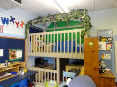{Ohhhh but if I had a loft in my classroom!} Library Treehouse with computer and safe place underneath. The writing center is on the left. Puppet stage & puppets are tucked in there too. Preschool Layout, Preschool Classroom, Preschool Ideas, Classroom Ideas, Kindergarten, Classroom Setting, Classroom Design, Future Classroom, Classroom Organization