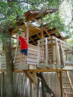 fort with a zip line. this is it. This is exactly what I want to build for the kids. @Adam White @Lavetta
