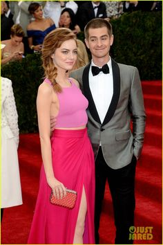 Andrew Garfield Only Has Eyes for Emma Stone at Met Ball 2014!