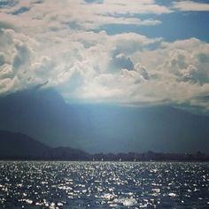 Deniz, bulut ve  dağlar