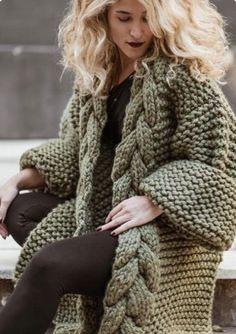 Knit Cardigan Pattern, Chunky Cardigan, Crochet Jacket, Crochet Pattern, Winter Trends, Vogue Knitting, Hand Knitting, Monokini, Pullover Mode