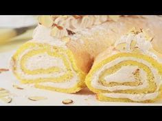 ALMOND SPONGE ROLL - This cake is wonderfully light and airy with a nice almond flavor and it is filled with a raspberry flavored cream. With Demo Video Sponge Cake Roll Recipe, Cake Roll Recipes, My Recipes, Dessert Recipes, Almond Joy Creamer Recipe, Jelly Roll Cake, Flavored Whipped Cream, Types Of Cakes, Wonderful Recipe