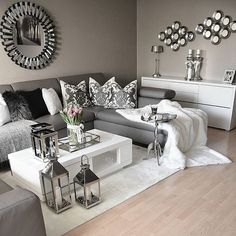 Grey and white, gray living room decor ideas, black living room furniture, Living Room Grey, Home Living Room, Apartment Living, Living Room Designs, Living Room Furniture, Cozy Living, Silver Living Room, Cozy Apartment, Apartment Kitchen