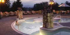 Love this view- one of my favorite places in the world is the Ashville North Carolina Grove Park Inn Spa :)