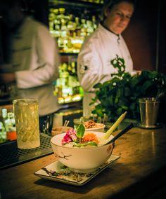 Drink mit Hirschberg Gin von Volker Seibert im Seiberts Gin, Table Decorations, Home Decor, Decoration Home, Room Decor, Jeans, Home Interior Design, Dinner Table Decorations, Home Decoration