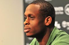 The Jets use their second-round pick on West Virginia quarterback Geno Smith.