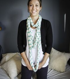 The Oatmeal & Green T-shirt necklace / scarf can be worn 5 different ways (AT LEAST) as a scarf or necklace. It is made from cotton knit waste fabric. Online Gifts, Winter Wardrobe, Womens Scarves, Scarfs, Oatmeal, Fashion Accessories, Necklaces, Women's Fashion, Green