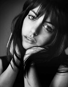 portrait. bangs.  ✔ Brunette Beauty Desire