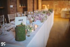 Gaynes Park Mill Barn - the top table www.gaynespark.co.uk – Image by Guy Collier Photography