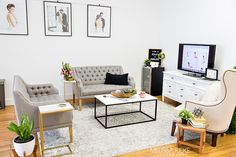 Bedroom Photography, Newborn Photography Studio, Newborn Studio, Studio Desk, Home Studio, Photographers Office, Barn Door Sliders, Hollow Core Doors, Waiting Area
