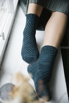 52 Weeks of Socks – an intro to the new book from Laine Publishing! – LoopKn… Informations About Knitting dress Pin You can easily use. Crochet Socks, Knitting Socks, Knit Crochet, Knit Socks, Knitted Slippers, Knitting Machine, Crochet Granny, Free Knitting, Knitting Blogs