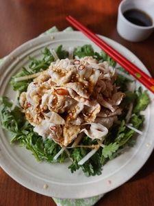 春菊と茹で豚の香味サラダ