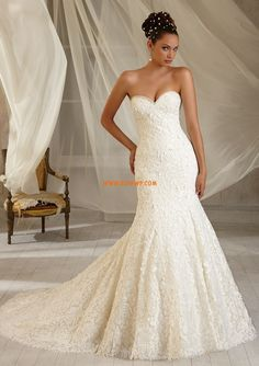 Fall 2013 Chic  Modern Embroidery Wedding Dresses 2013