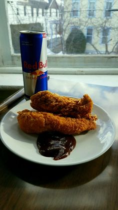 ITAP of a RedBull and some chicken tenders http://ift.tt/2lYfxni