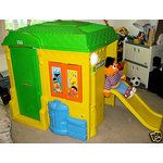 It's the EXACT Sesame Street Playhouse we had in the backgarden! 90s Kids, Kids Toys, Ol Days, Good Ol, Play Houses, Cool Toys, Vintage Toys, Childhood Memories, Old School