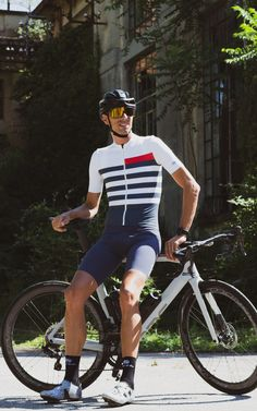 Stripes have become synonymous with cycling, so for this jersey we took inspiration from possibly the most famous stripe pattern. The Breton Jersey Run Cycle, Bike Wear, Cycling Jerseys, Cycling Outfit, My Ride, Fun Workouts, Stripes, How To Wear, Free