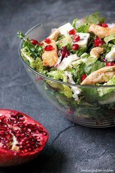 Przepis na: Sałatka z kurczakiem, granatem i serem pleśniowym Easy Healthy Recipes, Healthy Cooking, Asian Recipes, Diet Recipes, Healthy Eating, Cooking Recipes, Healthy Food, Quinoa, Healthy Fruits