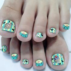 love these cupcake nails! Cute Pedicures, Pedicure Nails, Manicure, Pretty Toes, Pretty Nails, Love Nails, My Nails, Toe Nail Designs, Nails Design
