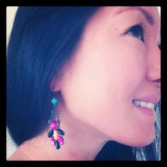 loving the colorful earrings on @MissButtercupLC! #showusyoursparkle
