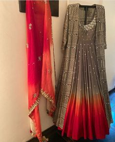 Fancy Dress Design, Stylish Dress Designs, Designer Party Wear Dresses, Indian Designer Outfits, Pakistani Outfits, Indian Outfits, Recycled Dress, Stylish Dresses For Girls, Lehnga Dress