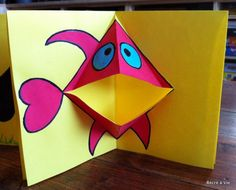 Carte Pop-Up en 3 minutes - Chloe Sommelet Origami Simple, How To Make Origami, Pop Up Art, Art For Kids, Crafts For Kids, Art Carte, Paper Pop, Kids Cards, Art Lessons